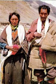 Karma Döndrub et Loga, les parents d'Apo Gaga